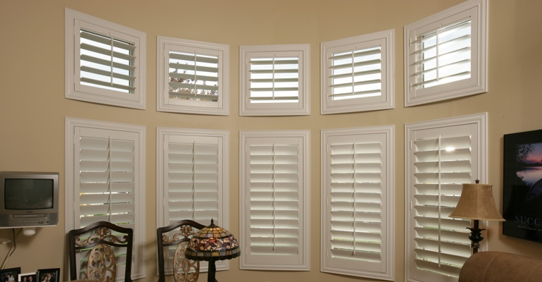 Bay window shutters Gainesville home office
