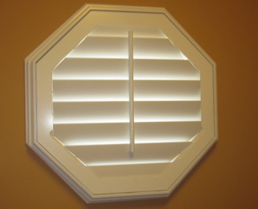 Gainesville octagon window shutter